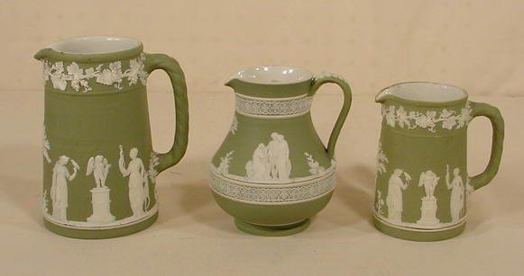 507: 3 Green & White Wedgwood Cream Jugs NR