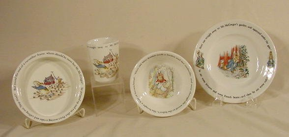 1008: 4 Wedgwood Etruria Peter Rabbit Dishes NR