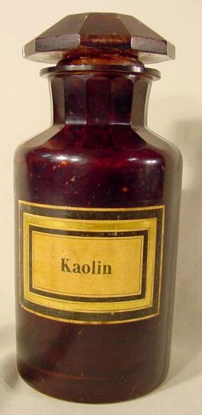 1024: Apothecary Jar With Original Kaolin Label NR