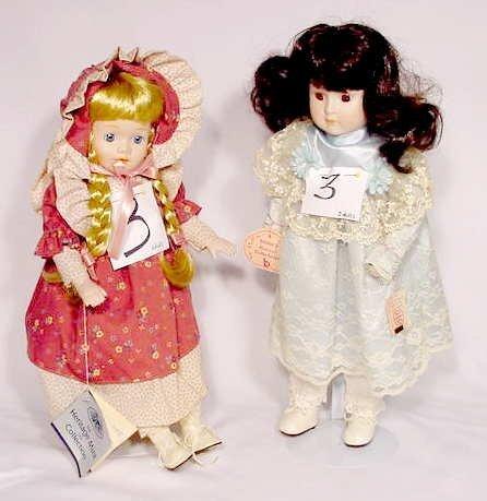 1003: Pair Dolls: Brinn's Musical & Heritage Mint