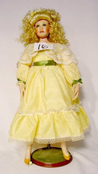 """1016: World Gallery Doll """"Yellow Rose of Texas"""""""