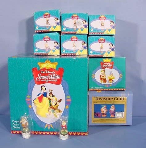 508: 11 TreasureCraft Ceramic Snow White Collectibles