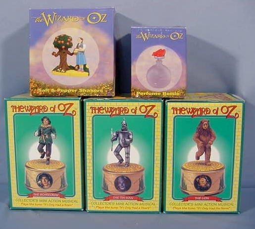 515: 5 Wizard of Oz: 3 Figurines & Salt & Pepper Sets