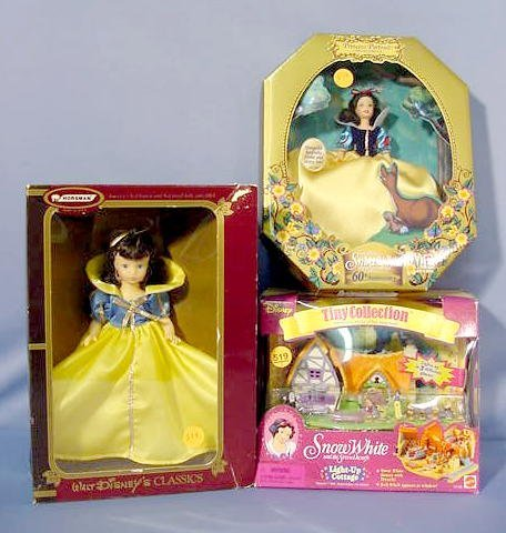 519: Mattel & Horsman Snow White Collectibles NR