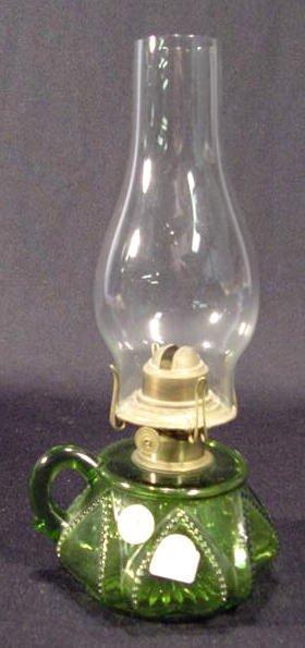 1: EAPG Green Queen Heart Finger Lamp NR