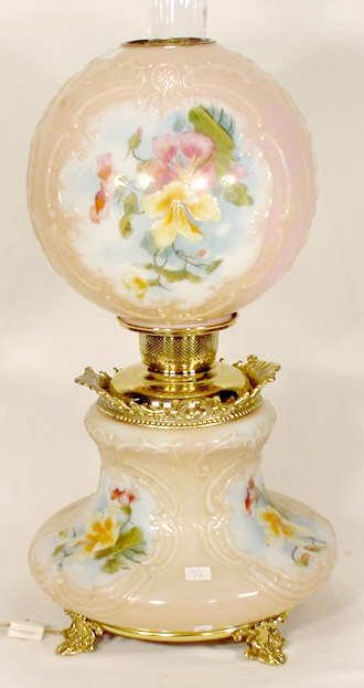 3130: Fancy Hand Painted Gone With the Wind Lamp NR