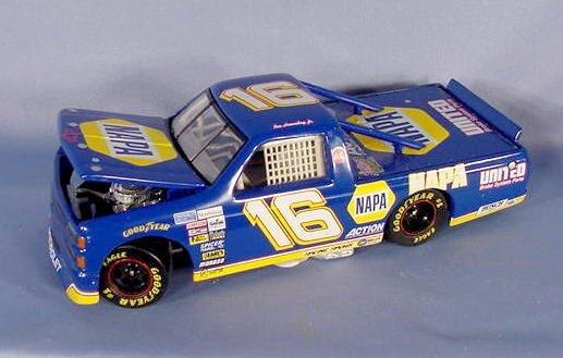 578: 2 NAPA Toy Trucks: Chevy & Napa Service Truck NR - 3