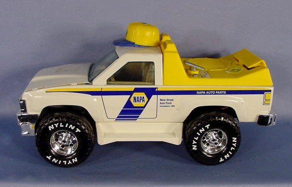 578: 2 NAPA Toy Trucks: Chevy & Napa Service Truck NR - 5
