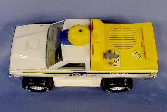 578: 2 NAPA Toy Trucks: Chevy & Napa Service Truck NR - 6