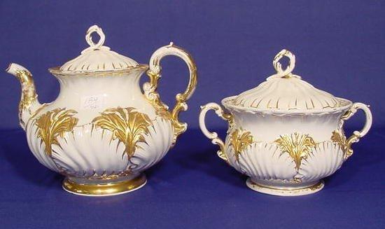 519: Meissen Teapot & Sugar Bowl NR