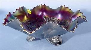 931 Carnival Glass Three Fruits Medallion Bowl NR