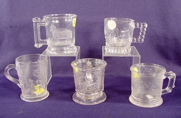 995: Five Old Children's Clear Pattern Glass Mug NR