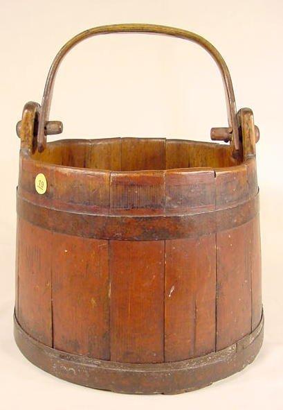 19: Primitive Wood Bucket NR