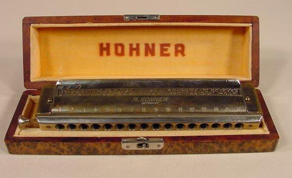 26: 64 Chromonica M Hohner Harmonica NR