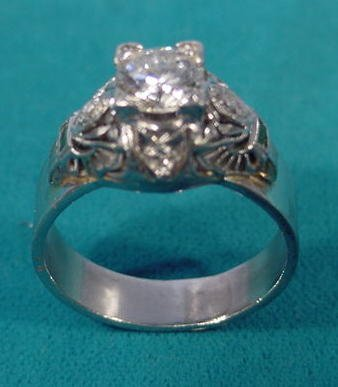 256: Size 6 1/2 Ladies Diamond Ring W/ 5 Diamonds NR