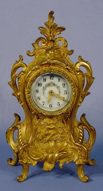 20: Brass Novelty Kissing Cherubs Clock NR