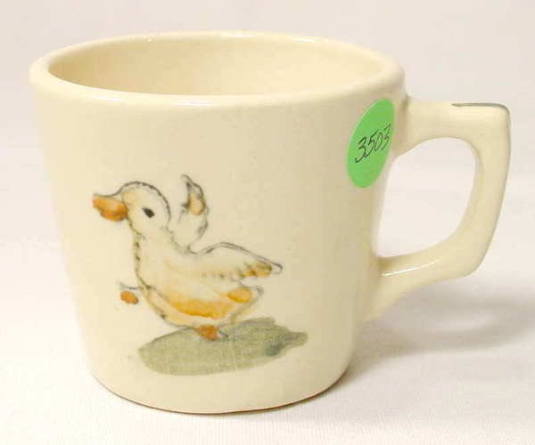 3503: Weller Ware Child's Mug with Duckling NR