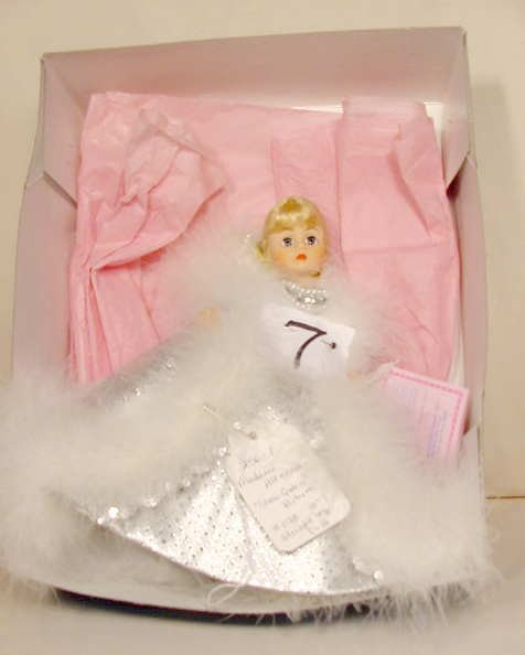 7: Madame Alexander Snow Queen Portrette #1138 Doll
