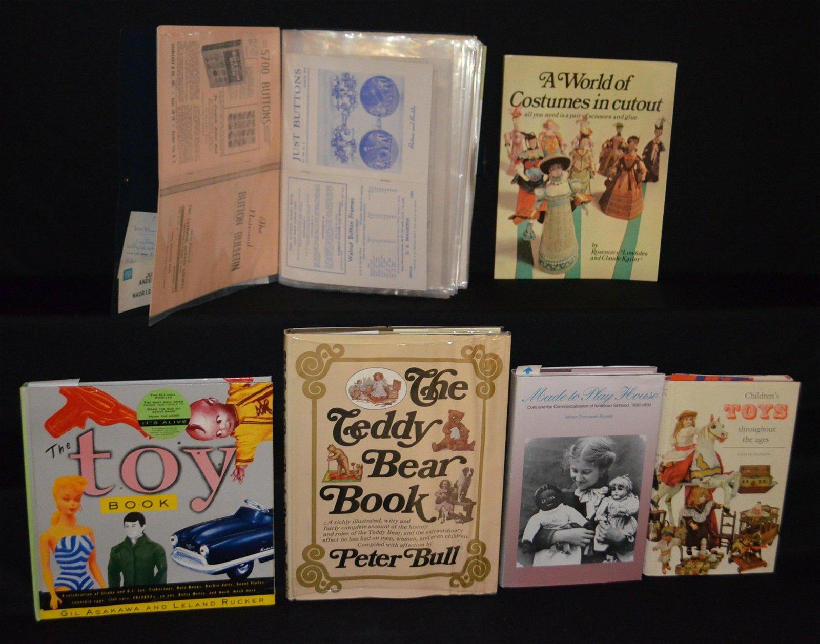 5 Children's Toy Reference Books & Album