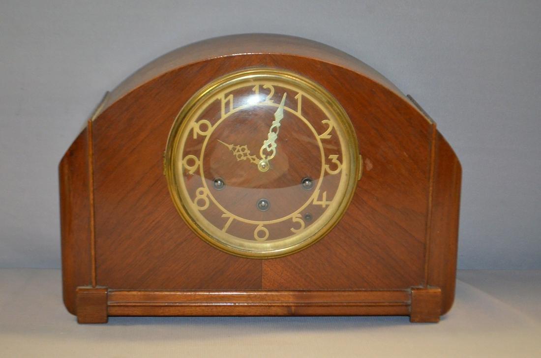 Seth Thomas 5 Bar Striking Shelf Clock:  walnut case,