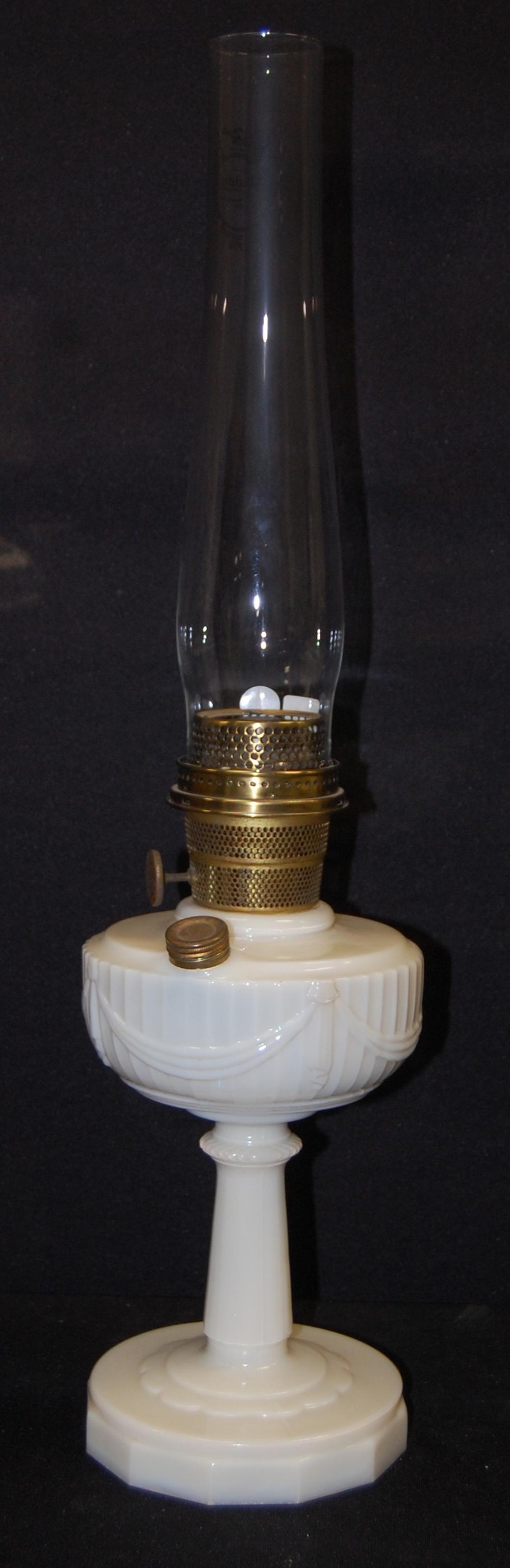 Moonstone Quilt Kerosene Lamp Model B