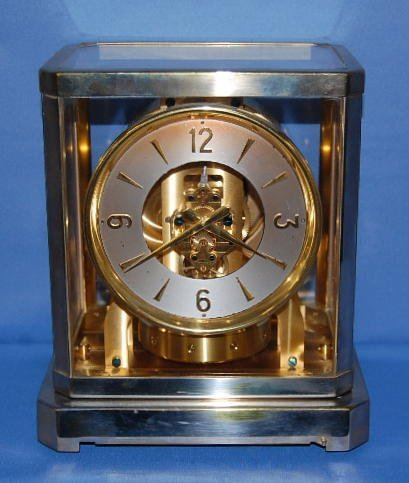 11: Le Coultre Atmos Clock with 15 Jewels