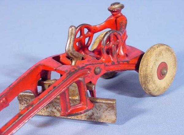 "522: Kenton Cast Iron Toy Road Grader, 7 1/2"" - 2"