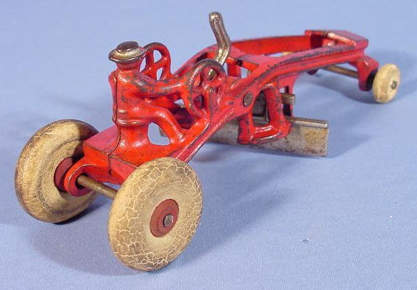 "522: Kenton Cast Iron Toy Road Grader, 7 1/2"" - 3"