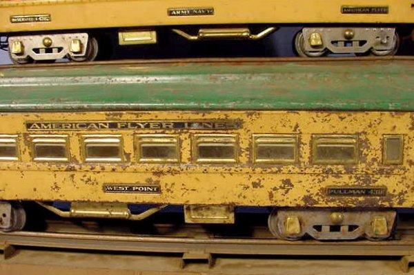 828: American Flyer 5pc Train Set w/Some Track - 4