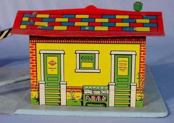 "525: Marx Toy Tin Litho ""Glendale Depot"" - 7"