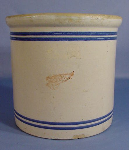 311: 2 Gallon Red Wing Stoneware Crock