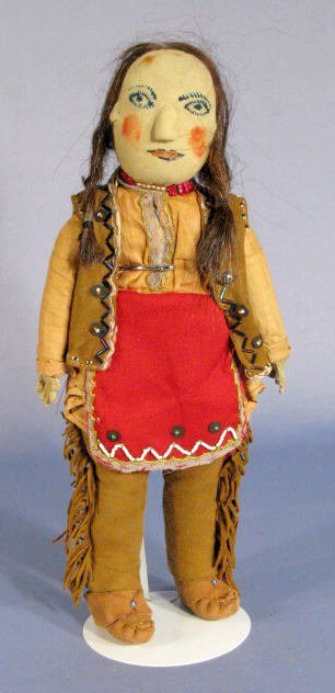 524: American Indian Doll w/Painted Features