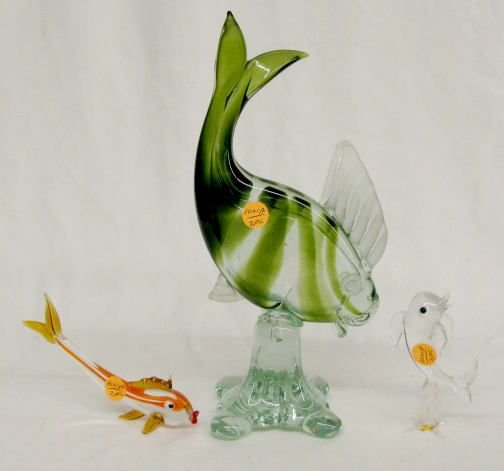 1021A: 3 Murano Glass Fish, Clear and Colored