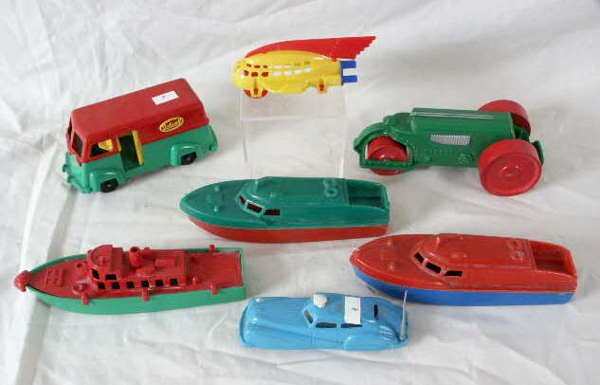 514: 7 Vintage Toys: Steam Roller, Ideal Boats…NR