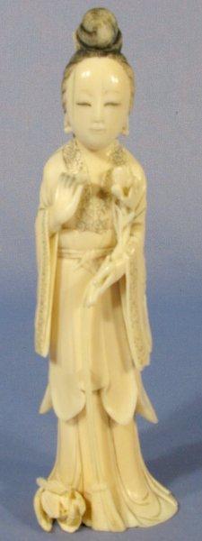 516: Japanese Ivory Kuan Yin w/Tassel & Flowers