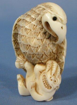 522: Japanese Ivory Netsuke Formed as an Eagle/Hawk