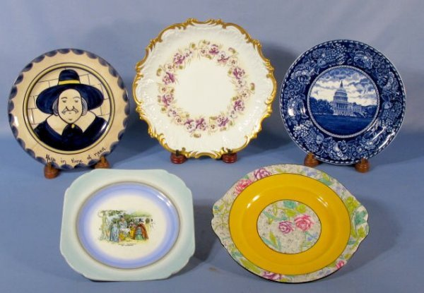 1020: Group of 5 Decorated Plates