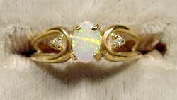 2017: 10K Gold Ring with Opal & Diamond Chips NR