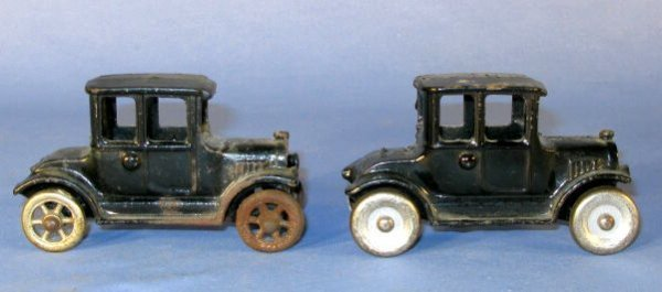 1: 2 No.1494 Cast Iron Toys