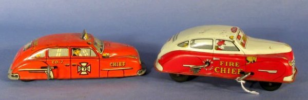4: 2 Wind Up Toy Cars: Courtland & Lupor
