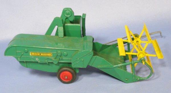 198: Slik Toys Oliver Grain Master Toy Combine - 3