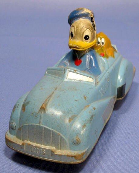 364A: Sun Rubber Co. Donald Duck Car With Pluto - 2