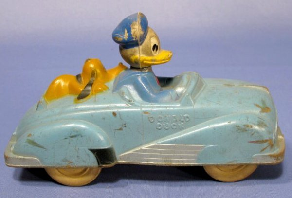 364A: Sun Rubber Co. Donald Duck Car With Pluto - 3