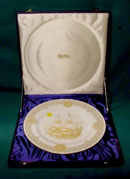 2520: Spode Boxed Mayflower Plate 1620-1970 NR