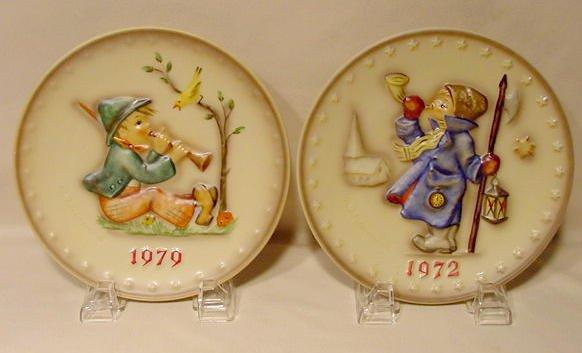 2733: 12 Hummel Annual Plates NR