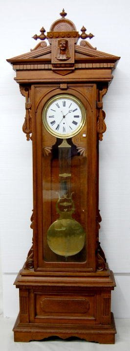 130: Gilbert Oak No.8 Floor Pinwheel Regulator