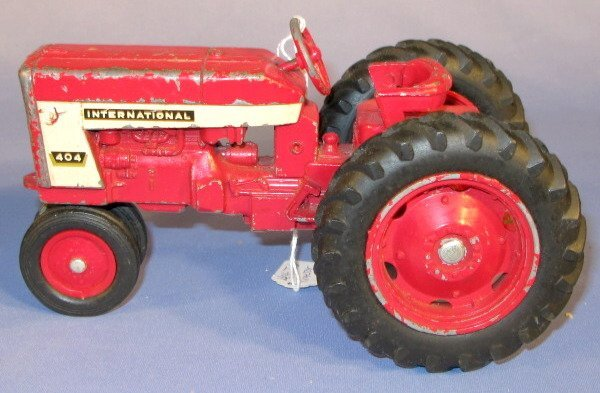 236: Group of 3 Old International Toy Tractors - 4