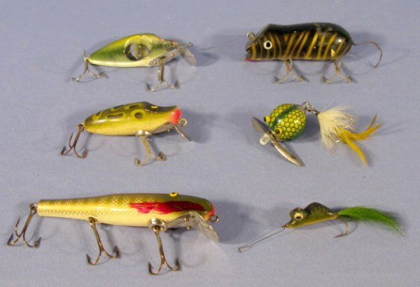 360: 6 Vintage Lures: Shakespeare, Paw-Paw & Heddon