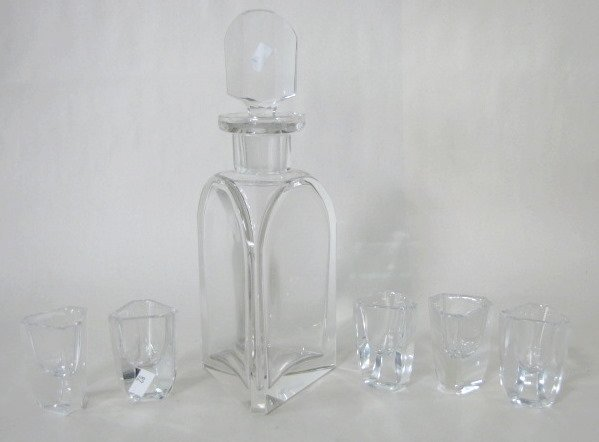 24: 6pc Clear Glass Decanter Set, Triangular Form