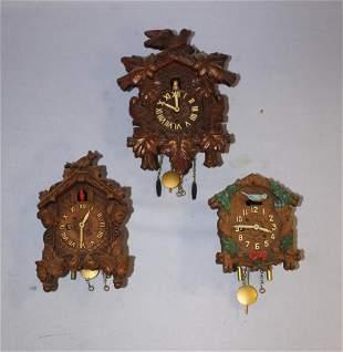 Lot of (3) Lux & Keebler Pendulette Wall Clocks